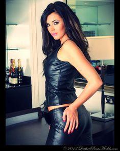 www.leatherpantsmodels.com #leather #leatherpants #leatherpantsmodels