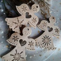 Clay Christmas Decorations, Christmas Clay, Christmas Angels, Christmas Crafts, Christmas Ornaments, Pottery Angels, Pottery Handbuilding, Clay Art Projects, Ceramic Angels