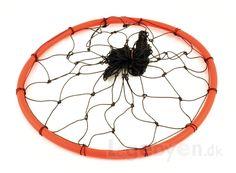 Boldnet i nylon med ring for nemmere indsamling af boldene. Kan indeholde 10-12 bolde afhængigt af størrelsen. ...