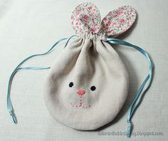 listentothebirdssing.blogspot.comYa estoy de vuelta .... con una bolsa de conejito wee