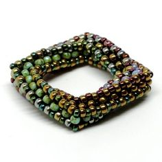 This is awesome! The Highly Unlikely Square Beaded Bead, by gwenbeads