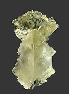 Twinned Calcite.