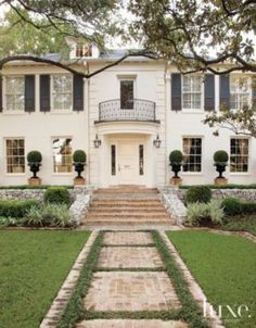 A #1930s Georgian-style residence's grand #exterior. | See MORE at www.luxesource.com. | #luxemag #interiordesign #design #landscapes #architecture