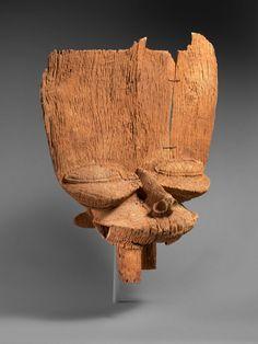 Bamileke Tsesah Crest, Cameroon Art Africain, Thing 1, Tribal Art, Ancient Art, Art Forms, Art Decor, Wicker, Sculptures, Abstract