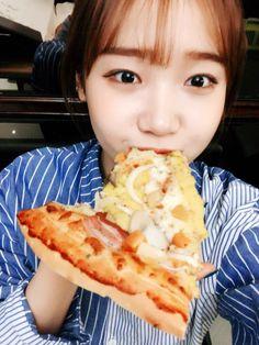 Produce 101, Choi Yoojung, Flawless Beauty, Ioi, Mamamoo, Kpop Girls, Girl Group, Cool Girl, Breakfast