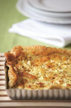 Αυτή η πραγματικά εύκολη πίτα με καταγωγή από τα Ζαγοροχώρια είναι η ιδανική λύση σε μια ξαφνική επίσκεψη φίλων, για να προσφέρετε ένα ελαφρύ και νόστιμο πιάτο που ετοιμάζεται πολύ γρήγορα. Greek Recipes, Pie Recipes, Cooking Recipes, Pizza Tarts, Greek Dishes, Mediterranean Recipes, Soul Food, Food Porn, Food And Drink