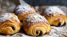 Croissanter med mandler og sjokolade – Ida Gran-Jansen
