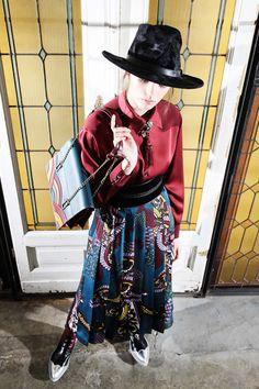 Blue printed pleated ankle tea long skirt, wide black suede (velvet) belt