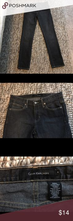 Calvin Klein Black Stretch Straight Leg Jeans Sz 6 Calvin Klein Black Stretch Straight Leg Jeans Size 6. Pre-owned, in very good condition depending how much wear you prefer. Calvin Klein Jeans Jeans Skinny