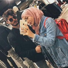 This is a ultimate goal in life Cute Muslim Couples, Muslim Girls, Cute Couples Goals, Romantic Couples, Modern Hijab Fashion, Muslim Fashion, Muslim Tumblr, Islam Marriage, Modele Hijab