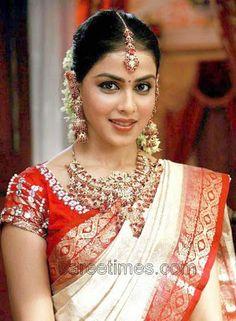 south indian bride in white saree Beautiful Girl Indian, Beautiful Saree, Beautiful Indian Actress, Beautiful Ladies, Beautiful Bride, Genelia D'souza, Indian Bridal Sarees, Indian Beauty Saree, Red And White Saree