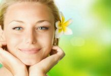 Today let's talk about beautiful skin. How do you get healthy, flawless and beautiful skin? Let's discover 3 natural beauty secrets and tips for healthy skin. Natural Beauty Tips, Natural Skin Care, Natural Face, Natural Health, Anti Pickel Creme, Beauty Secrets, Beauty Hacks, Beauty Products, Cream For Dry Skin