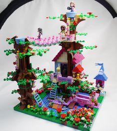 Garden & treehouse