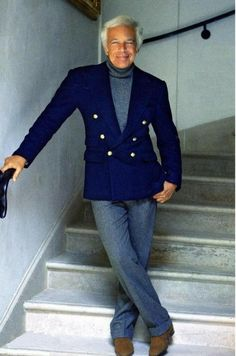 American fashion designer Ralph Lauren is best known for his Polo Ralph Lauren clothing brand. He's been married to his wife Ricky since 1964 and they have three children. Polo Ralph Lauren, Ralph Lauren Style, Sharp Dressed Man, Well Dressed Men, Look Fashion, Urban Fashion, Fashion Design, Older Mens Fashion, Moda Casual