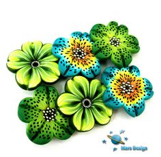 New flower beads by Marcia - Mars design, via Flickr