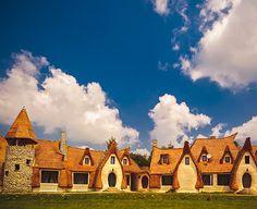 Destinație de weekend: Castelul de Lut din Valea Zânelor, județul Sibiu