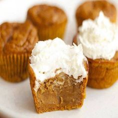 Pumpkin Pie Cupcakes Fall Desserts, Just Desserts, Delicious Desserts, Yummy Food, Pumpkin Pie Cupcakes, Pumpkin Pie Spice, Pumpkin Puree, Cupcakes Fall, Pumkin Cake
