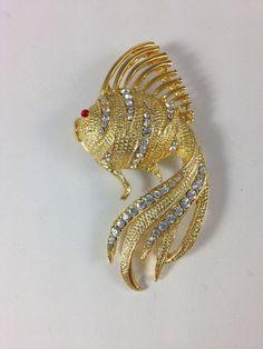 Fashion Jewelry Costume Brooch/Pin Gold tone Fish & Rhinestones #unknown#FreeShipping