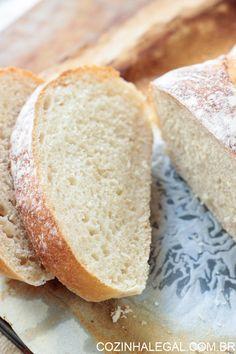 Qualquer um pode fazer este pão caseiro. Ele é simplesmente infalível, não precisa sovar e tem o sabor único do pão feito em casa. É só misturar todos os ingredientes e voilà. Pão caseiro sem sova rápido e fácil! cozinhalegal.com.br