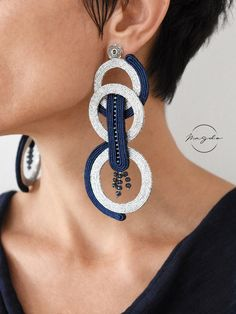 Earrings Statement Soutache earrings in blue and silver, open circle studs, extra long statement earrings, disc earring - Soutache Necklace, Beaded Earrings, Statement Earrings, Earrings Handmade, Discount Jewelry, Circle Earrings, I Love Jewelry, Blue And Silver, Dark Blue