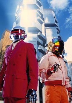 Daft Punk'ın sekiz yıl aradan sonraki ilk stüdyo albümü Mayıs'ta piyasaya çıkıyor
