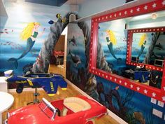 Underwater mural painted for Children's hair salon #hairsalonmural #underwatermural #seathemedmural