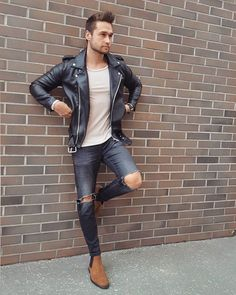 "4,912 Likes, 26 Comments - Men's Street Fashion & Style (@streetsfashions) on Instagram: ""By @matkohud"""