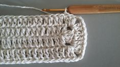 Learn To Crochet, Crochet Projects, Diy And Crafts, Coasters, Crochet Hats, Pattern, Blue Carpet, Bedspreads, Rugs