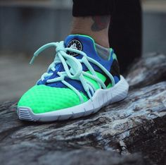 "Nike Air Huarrache NM ""Scream Green"""