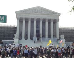 Supreme Court upholds health care law, individual mandate :: Catholic News Agency (CNA)