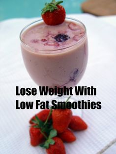 Strawberry raspberry weight loss smoothie #weightlossrecipes