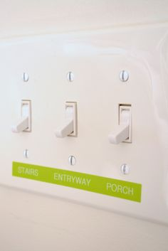 If you are hosting an AirBnb, label light switches so guests have an easier time during their stay. Little touches turn a good experience into a great one (and then increase your positive reviews for rebooking!) Via @uglyducklingdiy #Brother #LabelIt