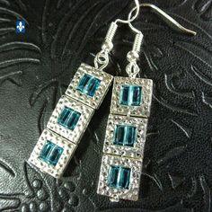 ♥ Adorable Ocean Blue Crystal Cubes Plated Silver Framed Earrings