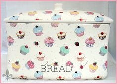 Cupcake bread box / bin