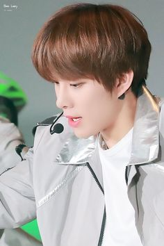 Jungwoo on stage Park Ji Sung, Lee Taeyong, Jung Woo, Jaehyun, Nct 127, My Photos, Abs, Stage, Boyfriend