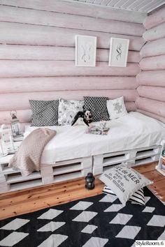 sänky,matto,diy,vierashuone,kuormalava