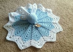 Items similar to Legend of Zelda Navi Crochet Baby Blanket / Lovey / Security Blanket on Etsy Crochet Baby Jacket, Crochet Lovey, Crochet Baby Boots, Diy Crochet And Knitting, Baby Blanket Crochet, Crochet Shrug Pattern, Crochet Patterns, Zelda Baby, Crochet Security Blanket