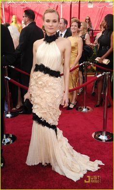 Dianne Kruger – 2010 Oscar Dress by Chanel. (82nd Academy Awards)