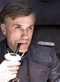 Hans Landa, Inglourious Basterds. http://filmtrailers.net