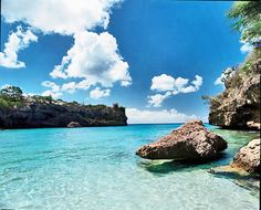 Curacao - Seriously!!! Someone please take me here...I can picture myself chillin in the water so calm and relaxing!!!