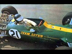 Ayrton Senna vs. Jim Clark - Compare
