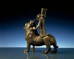 Aquamanile from Germany.1350-1450 bronze