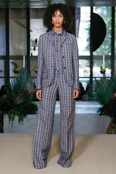 Derek Lam Spring 2018 Ready-to-Wear Collection Photos - Vogue
