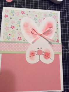 Easter card using heart and oval punches. Easter Projects, Easter Crafts, Diy Easter Cards, Holiday Cards, Christmas Cards, Punch Art Cards, Cricut Cards, Scrapbook Cards, Scrapbooking