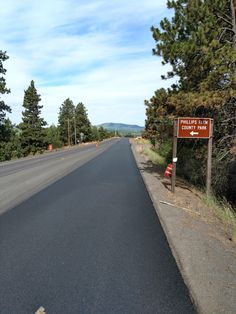 Asphalt Pavement, Sidewalk, Country Roads, Side Walkway, Walkway, Walkways, Pavement