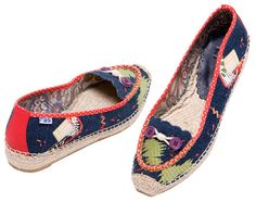 HERMIONE espadrilles  A nonchalant perfectionist who never wears a watch – HERMIONE. If you do not arrive with her, you're late. Price: $49.00 www.espadrillesetc.com