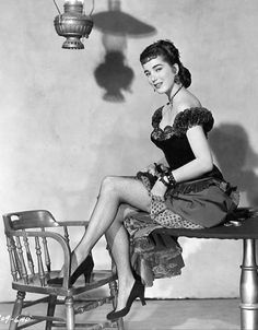 "Julie Adams in Universal's ""The Lawless Breed,"" 1953 Julie Adams, Western Film, Western Movies, Western Style, Retro Girls, Vintage Girls, Inktober, Cecil Beaton, Fiction Movies"