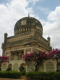 Qutb Shahi Tombs, Hyderabad, India Nizam Jewellery, India Architecture, Largest Countries, Mosques, Varanasi, Agra, India Travel, Hyderabad, Homeland