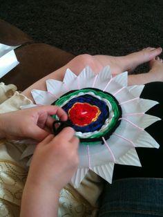 Kids paper plate weaving