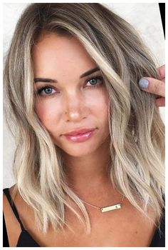 #Hairstyles- #Balayage #Shoulder #Medium #Length hairstyles for medium length hair easy 30 Easy New Medium Hairstyles- Balayage For Shoulder Length Hair # Middle H ... 40+ | hairstyle